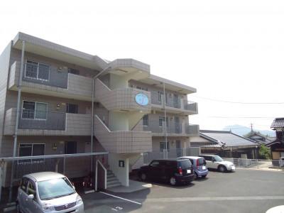 メゾン・ド・J 山口市大内御堀700-2 アパート
